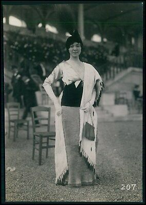 Woman Edwardian French fashion horce race original old 1910 Seeberger photo a07