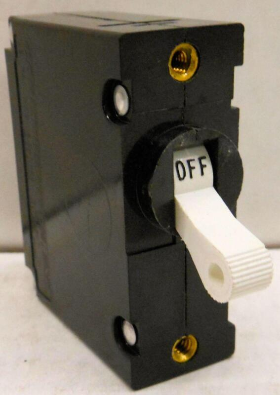 Circuit Breaker 30A 50//60hz max 277V 1 Pole Carling Switch AA1-B0-22-630-1D1-C