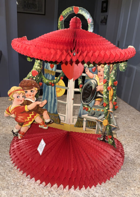 Antique Valentine Honeycomb Fold Out Stand Up Germany Couple Dancing