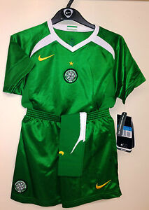 Boys and girls Celtic football full kit from Timland