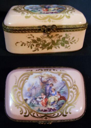 Antique Sevres French Porcelain HandPainted Trinket Ring Jewelry Box Gold Ormolu
