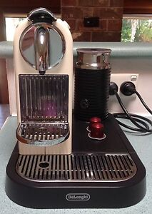 Nespresso DeLonghi Coffee Machine $125 Price Negotiable Heathcote Sutherland Area Preview