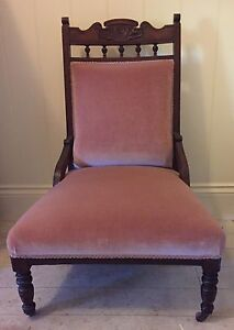 Beautiful Antique Pink Velvet Slipper Chair Camp Hill Brisbane South East Preview