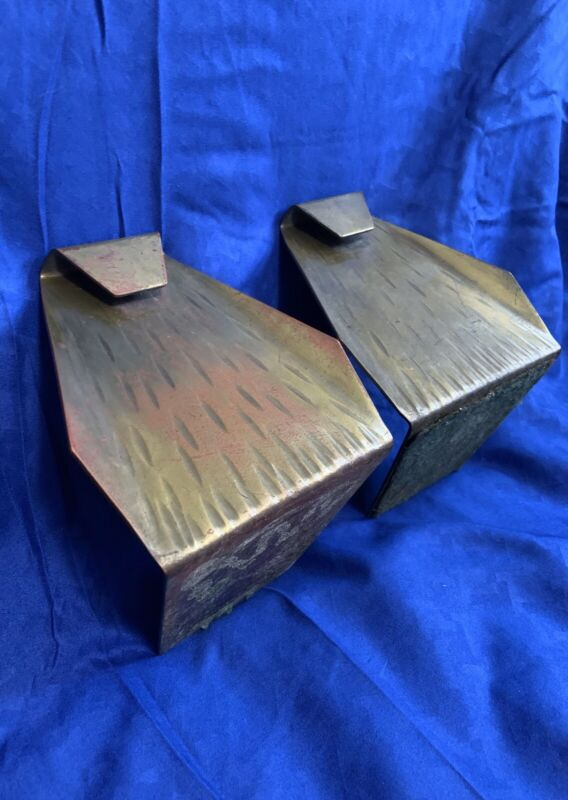 VTG MCM Pair Rare Roycroft Arts & Crafts Hammered Copper Folded Cobra Bookends