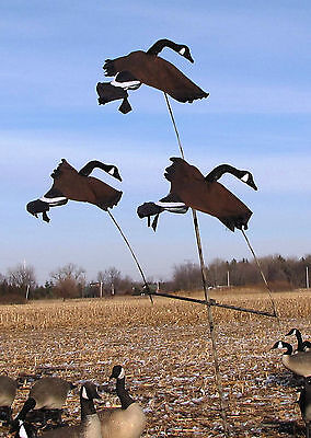 Goose Flying Decoy - GOOSE TREE SYSTEM w/3 Flying GOOSE decoys.  A system that works!