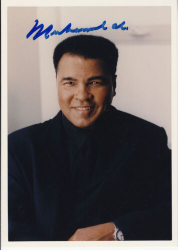 MUHAMMAD ALI hand signed 5x7 photo   autographed color photograph  