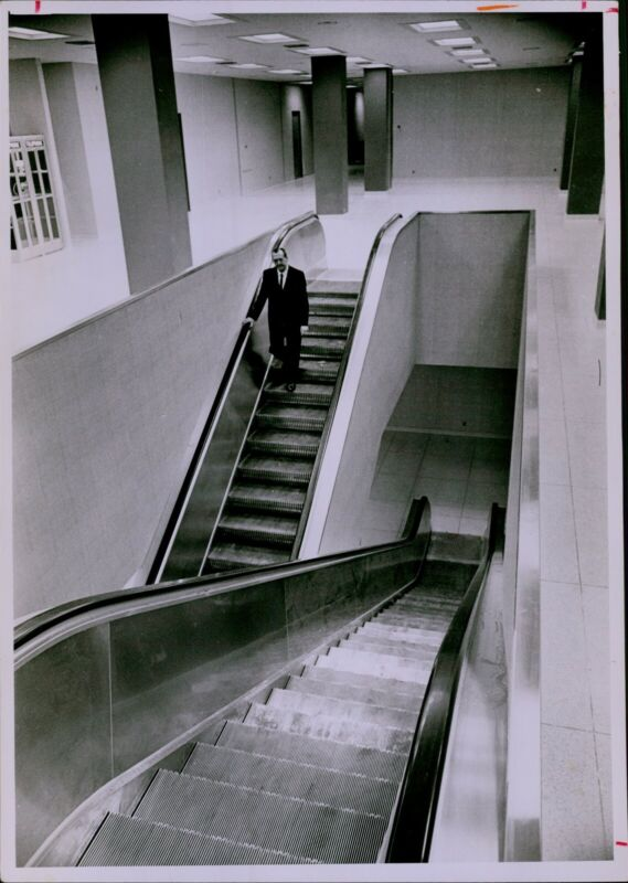 LG820 1966 Orig Powell Krueger Photo MINNEAPOLIS AUDITORIUM 2nd Floor Escalators