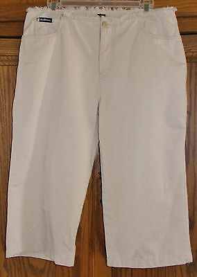 BLUE ASPHALT WOMEN'S OFF WHITE CAPRI SLACKS SIZE 11 on Rummage