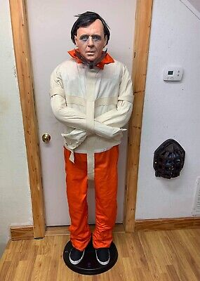 Gemmy Life Size 6 FT Hannibal Lecter Animated Prop Spirit Halloween FULLY WORKS!