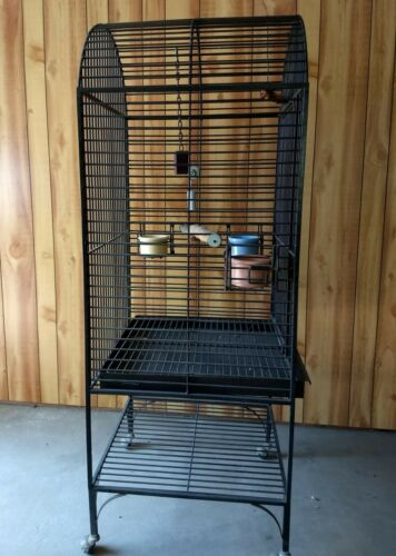 Large Bird Cage Wheeled Stand / Bowels / Perches