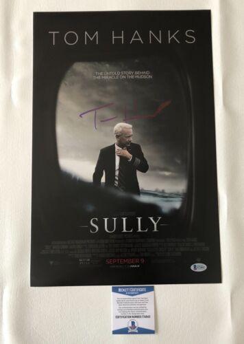 'SULLY' TOM HANKS SIGNED 12X18 PHOTO AUTHENTIC AUTOGRAPH BECKETT BAS COA