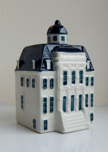 KLM Blue Delft Miniature House Number 100 - SPECIAL EDITION ** SEE PICTURES **
