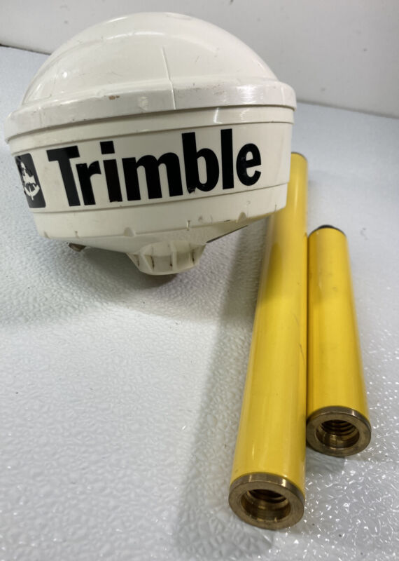 Trimble 33850 GPS antenna With Poles