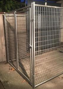 Heavy duty dog or animal pen Deception Bay Caboolture Area Preview