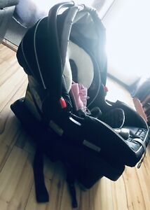 Snugride Infant Car seat and Base