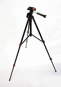 $10 Silversonic Camera & Camcorder Tripod Lonsdale Morphett Vale Area Preview