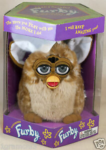 Original-Giraffe-Furby-1998-Tiger-Electronics-Model-70-800-New-In-Box-Sealed