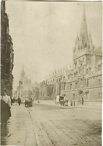 STREET-SCENE-IN-LONDON-ENGLAND-ORIGINAL-VICTORIAN-ERA-SNAPSHOT-PHOTO