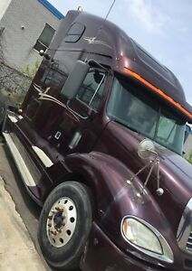 2009 Freightliner Columbia 925,000kms for sale