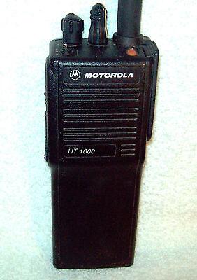 Motorola HT1000 UHF 450-520 Mhz 16 Channel 4 Watt Portable Radio H01SDC9AA3CN