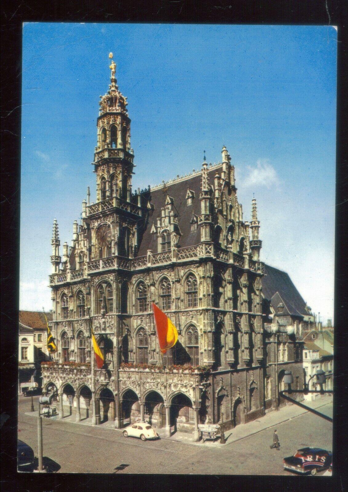 postkaart van het stadhuis van Oudenaarde ,zie foto's ,,O 25 ,,