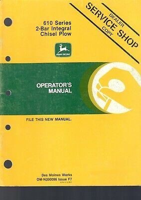 John Deere Operators Manual 610 2-bar Integral Chisel Plow 34 Pages