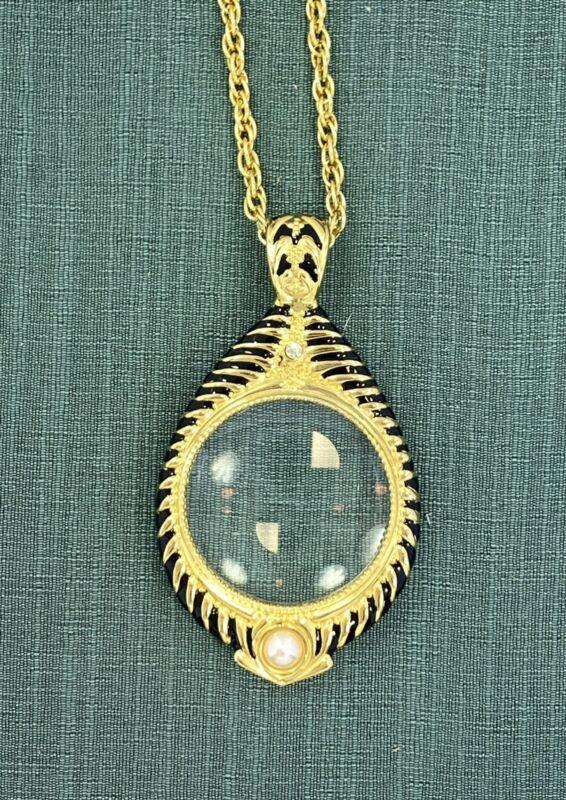 "I Am Edgar Berebi .My Vintage Grand Avenue  Pendant  Jewelry 34"" Chain"