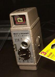 Bell & howell standard 8mm sun dial 220 movie camera