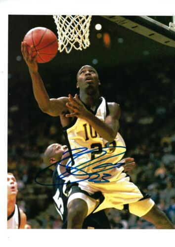 RICKY DAVIS AUTO AUTOGRAPHED 8X10 PHOTO SIGNED PICTURE W/COA IOWA HAWKEYES 4