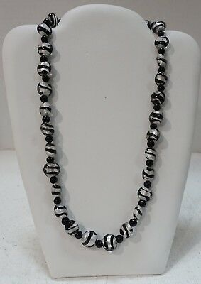 #bbw GLASS BEADS WITH FOIL, BLACK AND SILVER - Bbw Costume