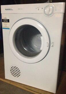 Simpson 4kg Dryer Wollstonecraft North Sydney Area Preview