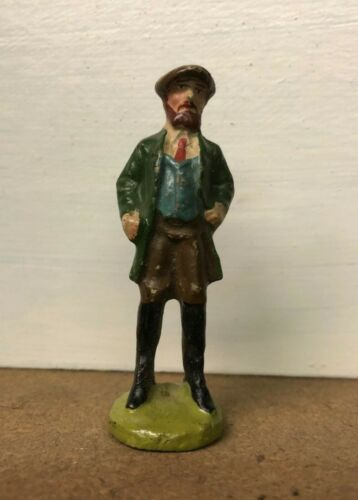 RARE TRAIN PASSENGER STANDING D, PAINTED COMPOSITION 3 INCHES TALL