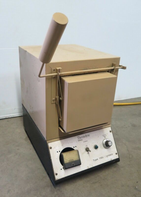 Thermolyne Type 1500 Benchtop Laboratory Furnace Ceramic Oven Model FD1520M