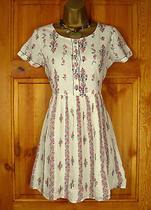 NEW-RIVER-ISLAND-IVORY-CREAM-RED-PINK-FLORAL-SUMMER-SUN-SKATER-DRESS-UK-6-16