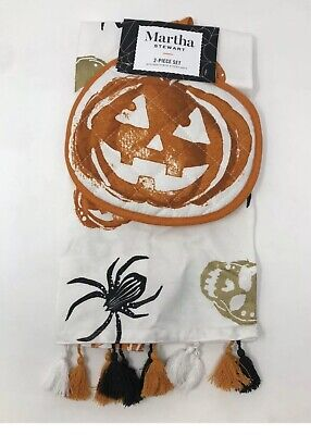 Martha Stewart Halloween Pumpkins (Halloween Martha Stewart 2 Piece Pumpkin Kitchen Towel & Oven Pot Holder Set)