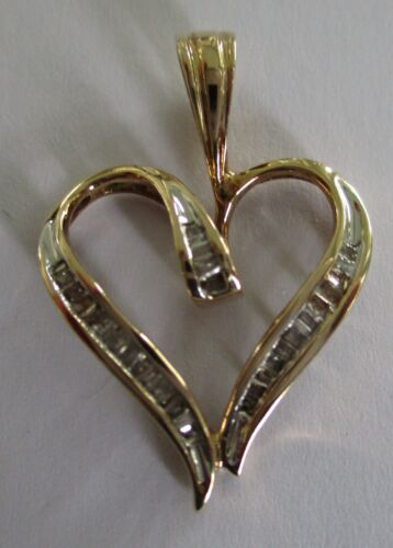 10K Yellow Gold CI Heart Pendant With Over 25 Diamond Chips BELOW SCRAP