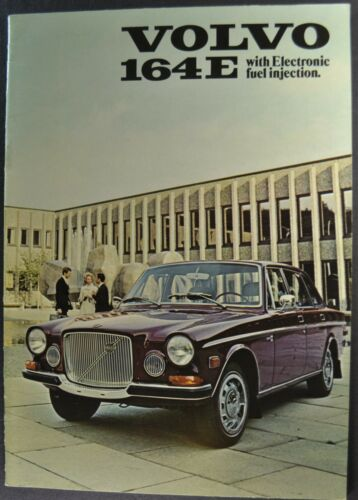 1971 Volvo 164E Sedan Catalog Sales Brochure Excellent Original 71