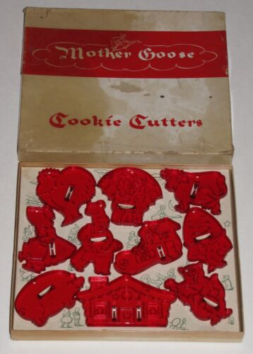 VTG HRM COOKIE CUTTERS MOTHER GOOSE BOX SET of 10 NURSERY RHYMES RED TRANSPARENT