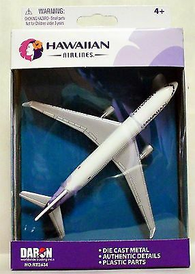 DARON REALTOY RT2434 Hawaiian Airlines Boeing 737 Scale Diecast. New