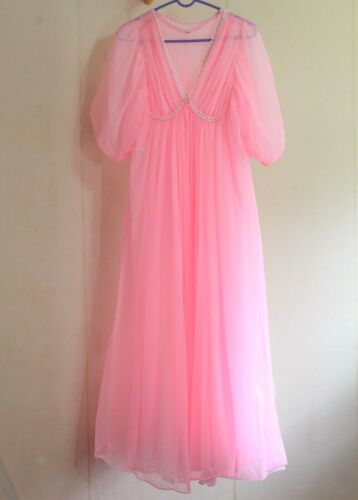 2 Pc Vintage 1960s Jenelle Womens S Peignoir Nylon Nightgown Robe Set Neon Pink
