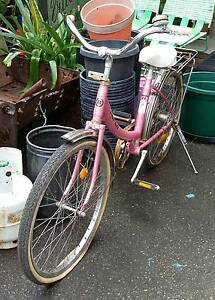 "Pink 'Repco communal 24"" retro bike by the cycle co. Victoria, Au Toormina Coffs Harbour City Preview"