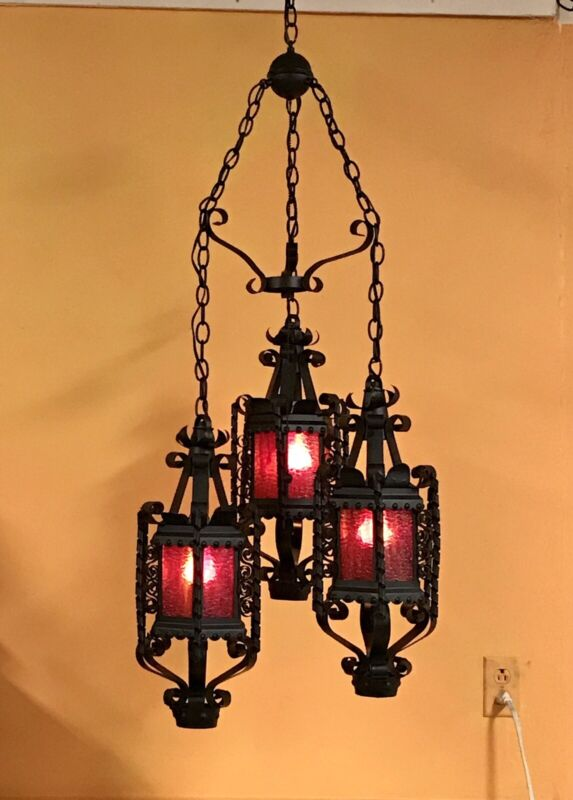 Vtg Spanish Revival Gothic Slag Glass 3 Pendant Hanging Swag Light Chandelier