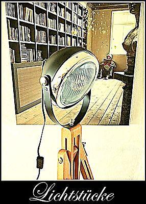 Tripod Stativ Steh Lampe - Leuchte - Scheinwerfer - Bauhaus  - Art Deko