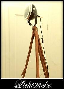 Tripod Steh Lampe - Leuchte - Studio - Scheinwerfer - Bauhaus - Impressionen