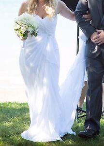 Bridal Gown/Wedding Dress