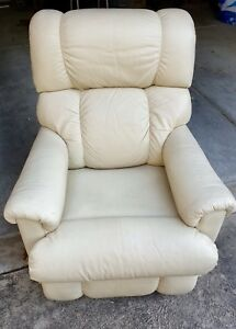 Lazy Boy Recliner Chair Manual Cream Leather