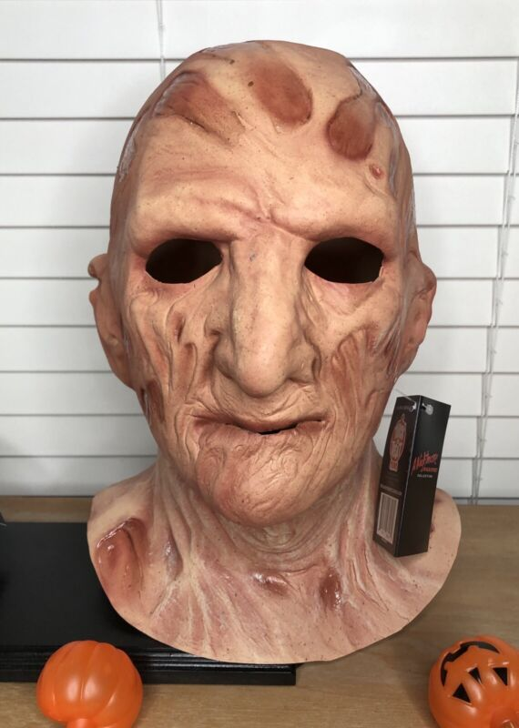 NIGHTMARE ON ELM STREET 2 - FREDDY KRUEGER MASK Trick or Treat Studios NEW TOTS