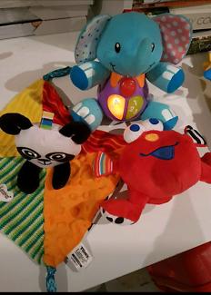 3 x baby toys