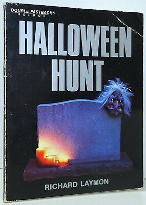 English First Halloween (RICHARD LAYMON Halloween Hunt 1st Ed Paperback From Library STANLEY WIATER)