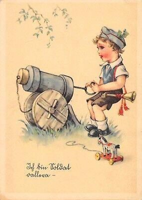 AK Künstlerkarte kleine Soldat mit Schiffchen Kanone Postkarte